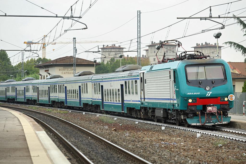 E464-605 Montelupo Capraia 27/9/2013<br /> RV3116 1210 Livorno Centrale-Firenze SMN