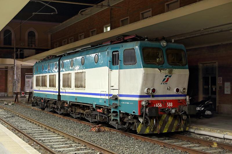 E656-588 Pisa Centrale 26/9/2013