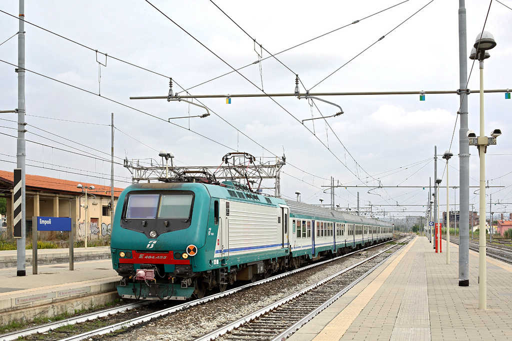 E464-455 Empoli 27/9/2013<br /> R11717 1316 Firenze SMN-Pisa Centrale