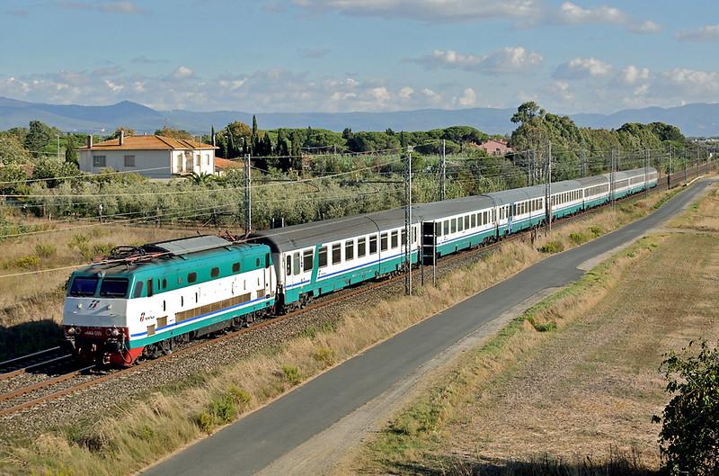 E444-099 La California 25/9/2013<br /> IC684 1610 Grosseto-Milano Centrale