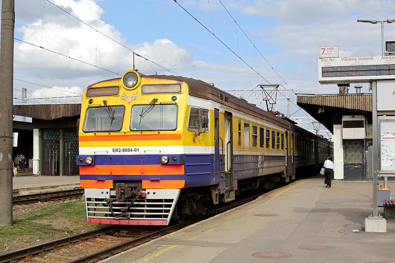 ER2-8004 Riga Pasažieru 31/5/2014<br /> EV6729 1710 Riga Pasažieru-Jelgava