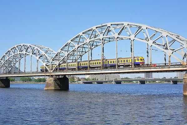 ER2T-7113 Riga 7/6/2014 EV6720 0931 Jelgava-Riga Pasažieru