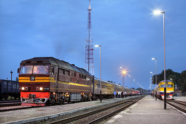 TЗП70-0268 Daugavpils 3/6/2014 DR92J 1835 Riga Pasažieru and 1950 Vilnius-St Petersburg Vitebski