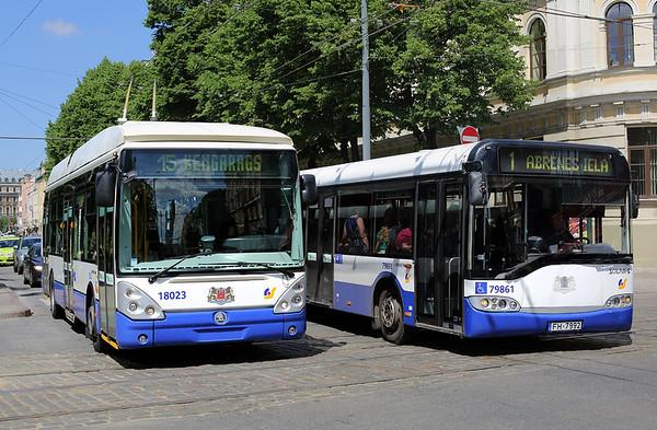 18023 and 79861 FH-7992, Raina Bulvaris 7/6/2014