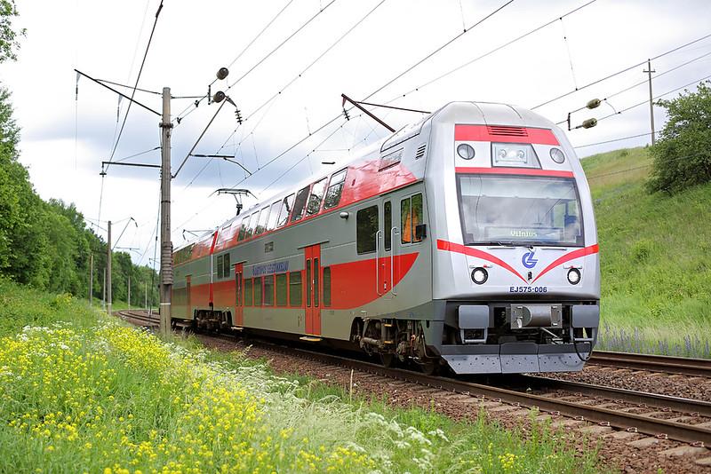 EJ575-006 Vokė 3/6/2014<br /> EJ830 1208 Kaunas-Vilnius
