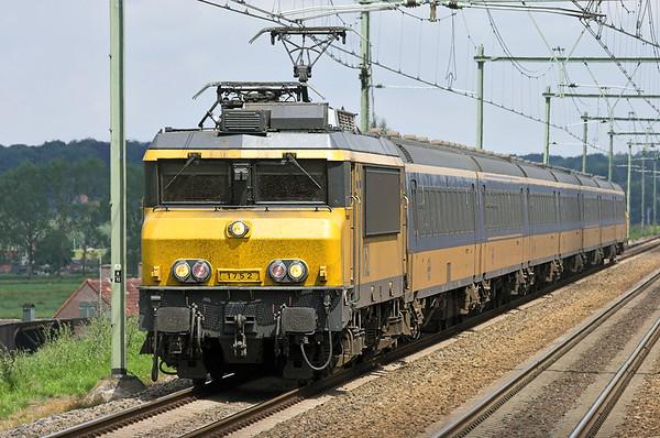 1752 Arnhem Zuid 4/6/2007 3641 1158 Arnhem-Roosendaal