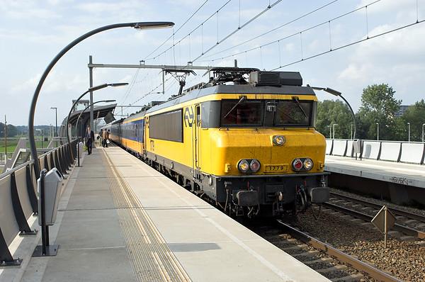 1779 Arnhem Zuid 4/6/2007 3667 1828 Arnhem-Roosendaal