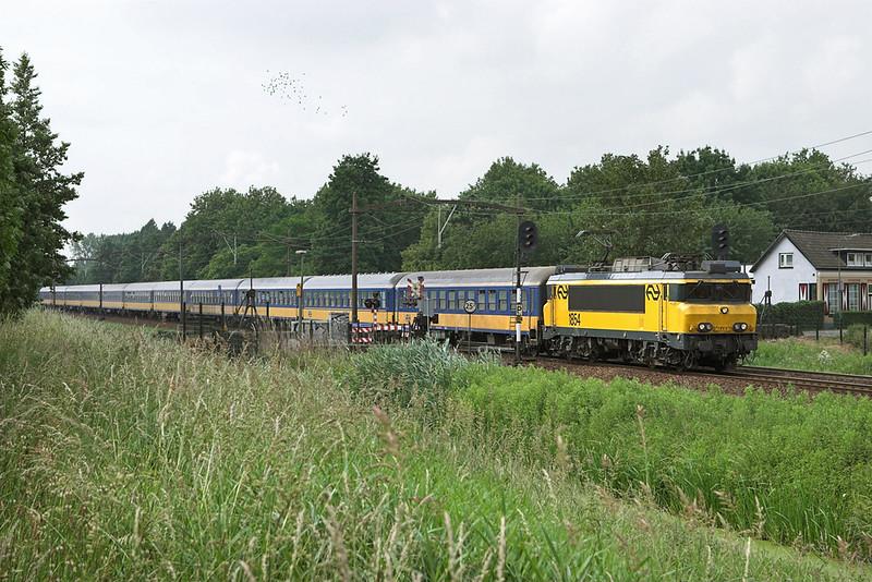 1854 Dodrecht Zuid 5/6/2007<br /> 1938 1049 Venlo-Den Haag Centraal