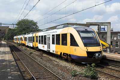 28 and 33, Arnhem Velperpoort 4/6/2007 30946 1249 Winterswijk-Arnhem