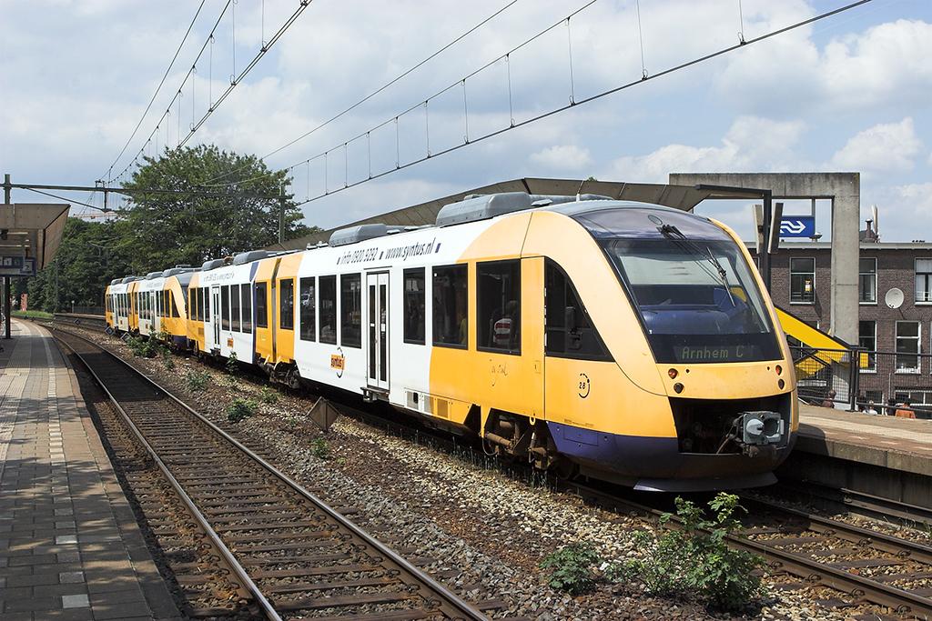 28 and 33, Arnhem Velperpoort 4/6/2007<br /> 30946 1249 Winterswijk-Arnhem