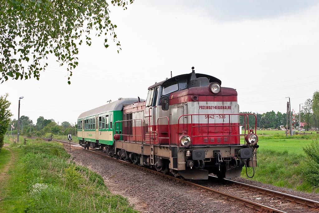 SU42-536 Zbaszyn-Przedmiescie 12/5/2011<br /> 70430 1540 Zbaszynek-Leszno