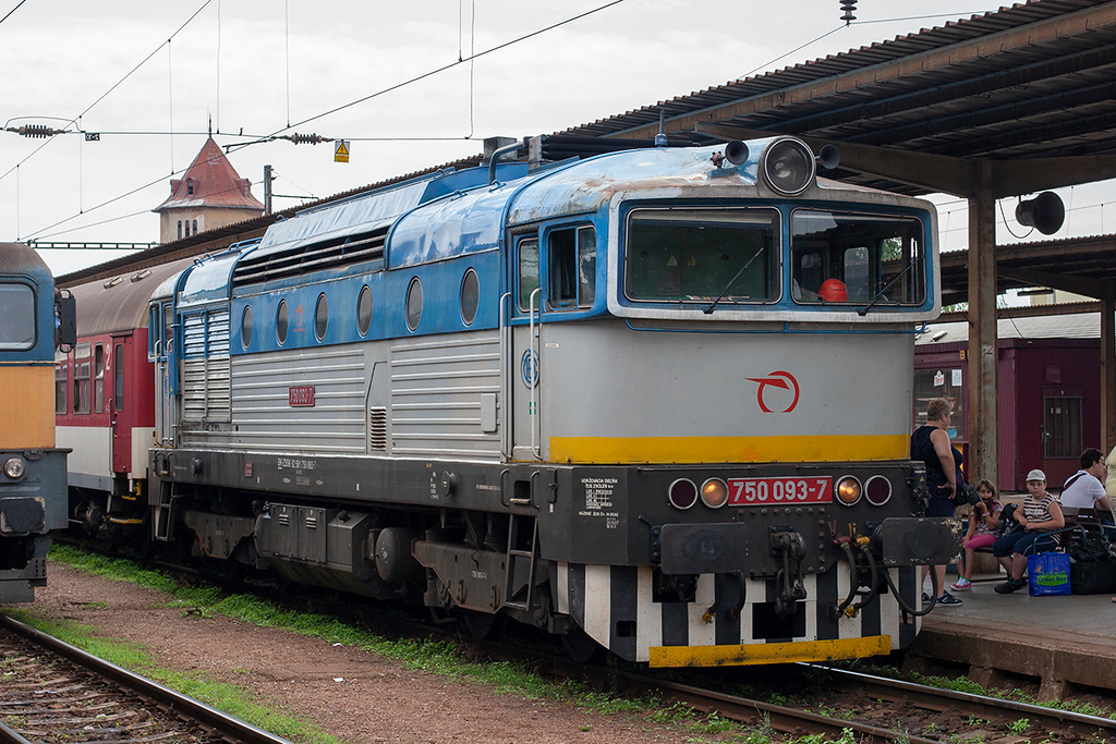 750093 Nové Zámky 28/6/2012<br /> OS5035 1127 Nové Zámky-Nitra
