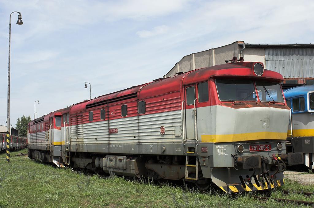 751205 and 751055, Nové Zámky 28/6/2012