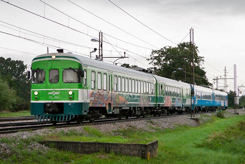 711-014 Pragersko 16/9/2010<br /> IC518 1515 Ljubljana-Hodos