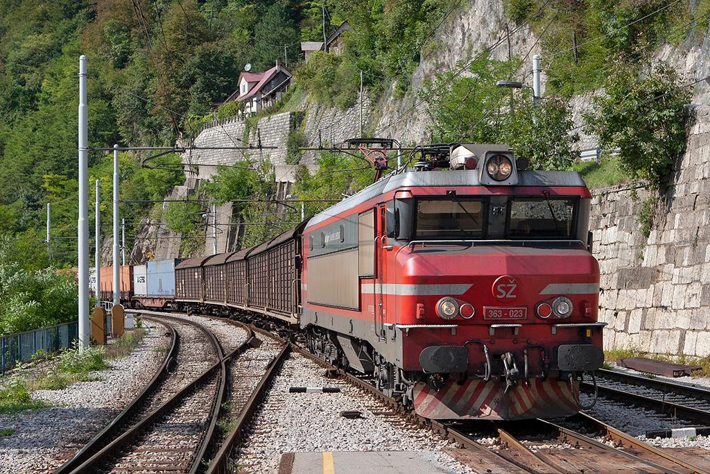 363-023 Zidani Most 11/9/2010