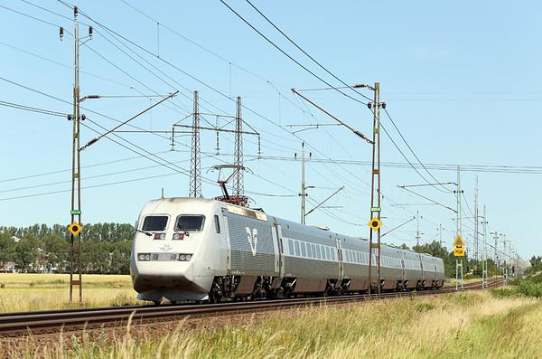 2037 Hjärup 16/7/2015 X2-538 1224 Østerport St-Stockholm Central
