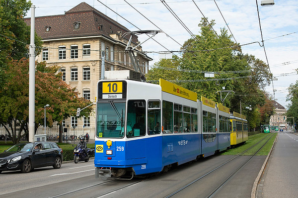 259 and 105, Aeschengraben 29/9/2014
