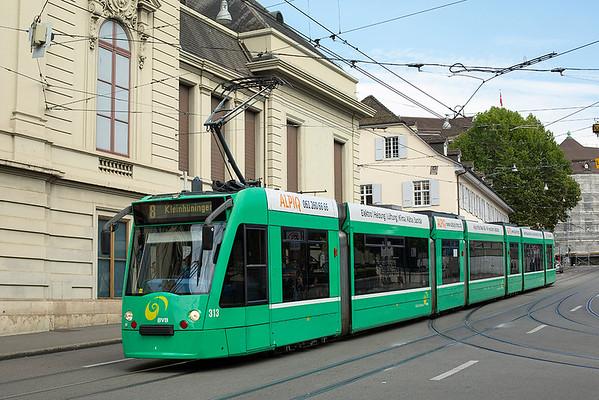 313 Barfußerplatz 29/9/2014