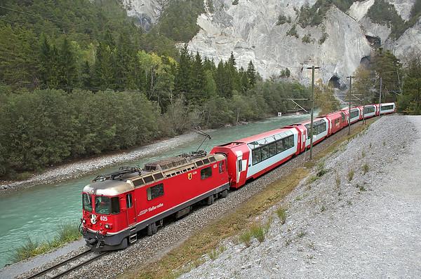 625 Versam-Safien 1/10/2014 D905 1002 St Moritz-Zermatt