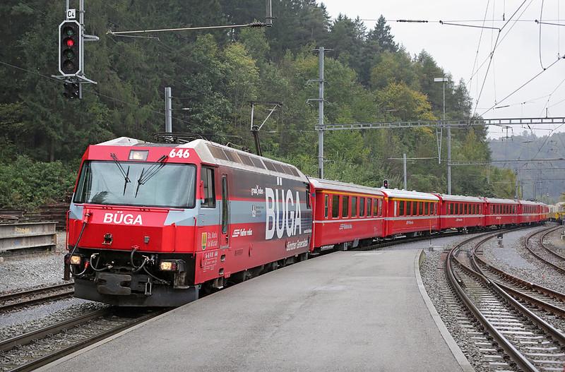 646 Reichenau-Tamins 1/10/2014<br /> RE1140 1202 St Moritz-Chur