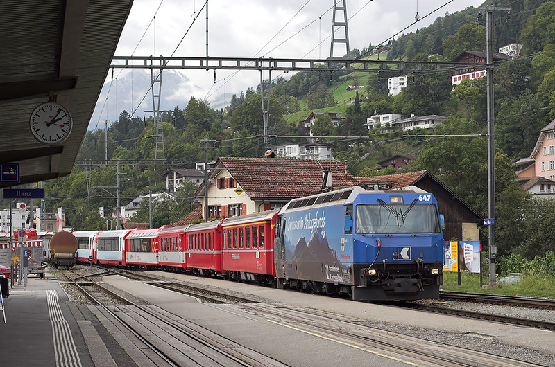647 Ilanz 19/9/2008<br /> D902 0900 Zermatt-Davos Platz and D904 0913 Zermatt-St Moritz