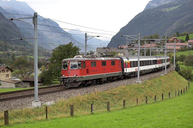 11116 Silenen 30/9/2014<br /> EC253 0847 Luzern-Milano Centrale