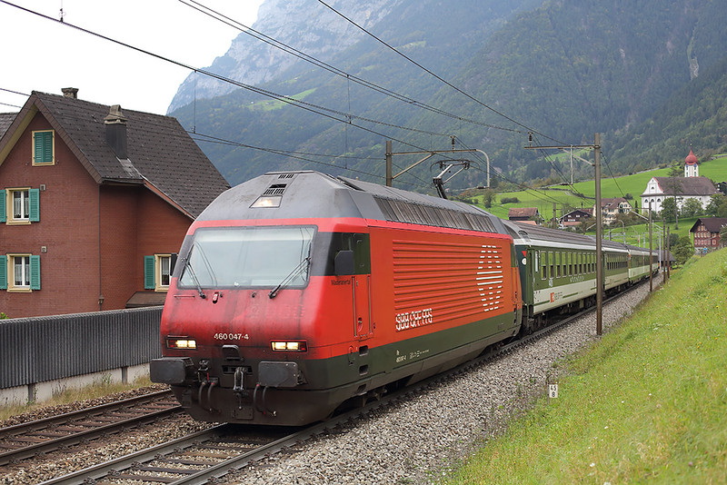 460047 Silenen 30/9/2014<br /> IR2163 0704 Basel SBB-Locarno