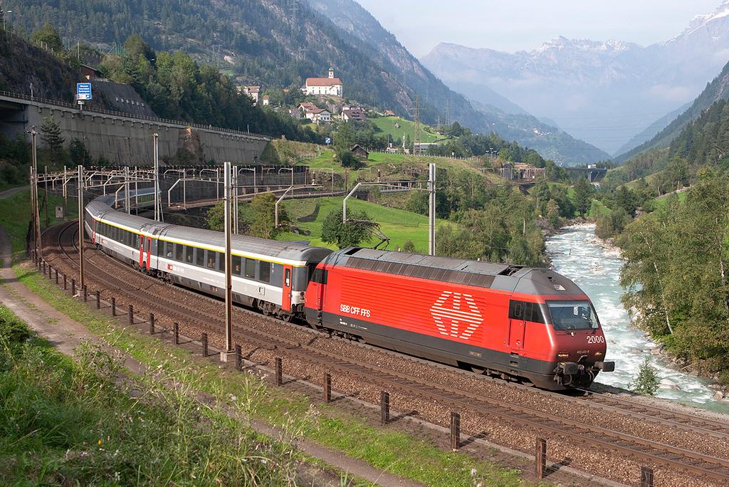 460002 Wassen 17/9/2008<br /> EC177 1509 Zürich HB-Milano Centrale