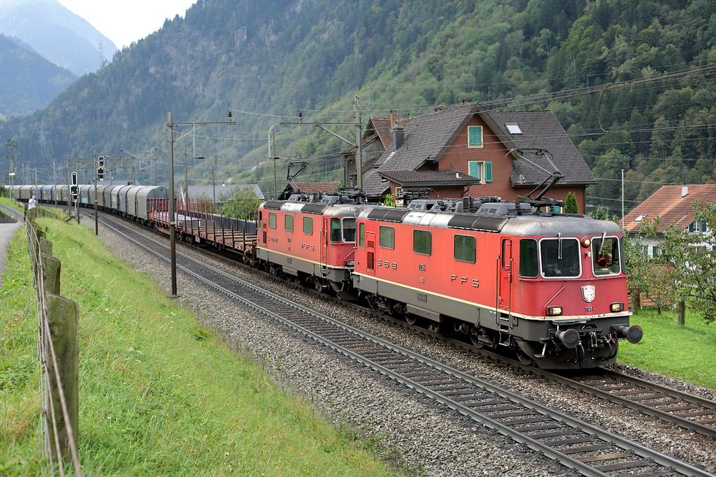 11255 and 11266, Silenen 30/9/2014