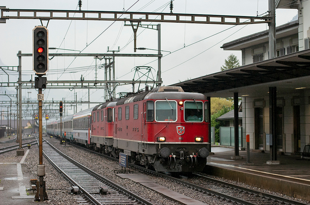 11112 and 11304, Erstfeld 19/9/2008<br /> CIS151 0709 Zürich HB-Milano Centrale