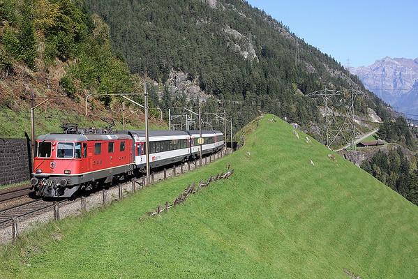11134 Wassen 2/10/2014 IR2169 1004 Basel SBB-Locarno