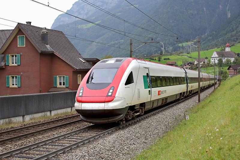500025 Silenen 30/9/2014<br /> ICN863 0809 Zürich HB-Lugano