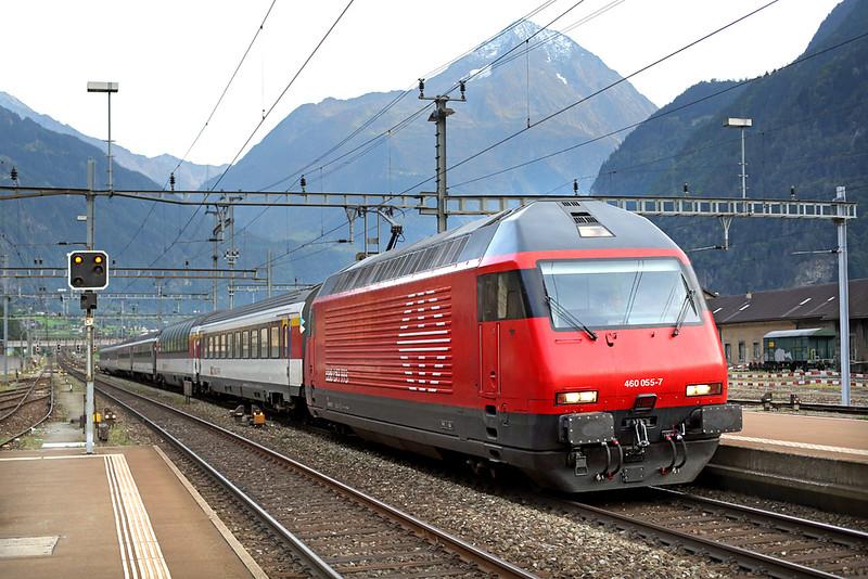460055 Erstfeld 29/9/2014<br /> IR2284 1647 Locarno-Zürich HB