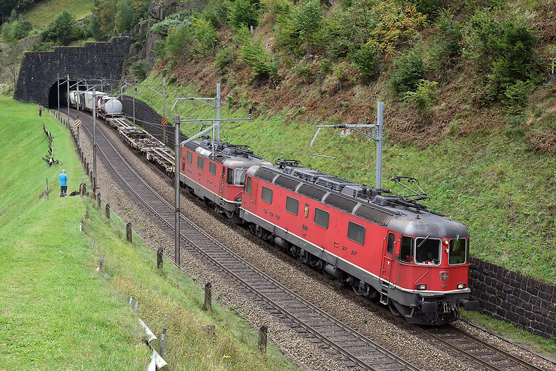 11680 and 11326, Erstfeld 30/9/2014