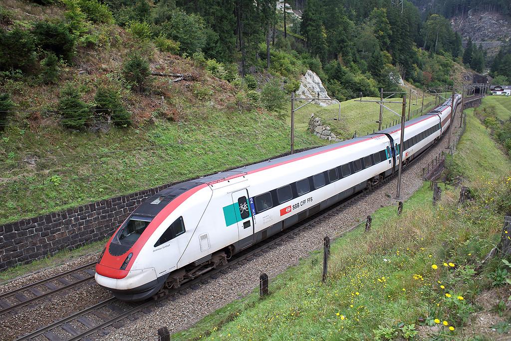 500021 Wassen 30/9/2014<br /> EC317 1132 Zürich HB-Milano Centrale