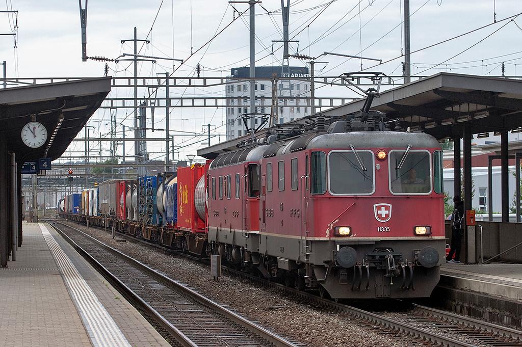 11335 and 11681, Pratteln 12/9/2012