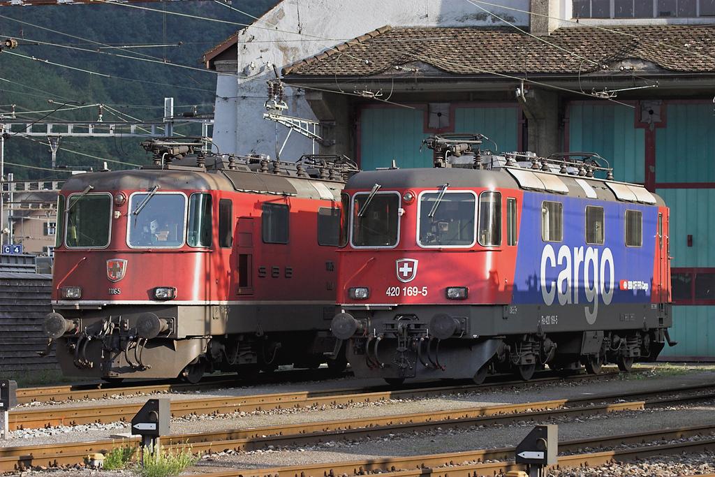 11165 and 420169, Erstfeld 17/9/2008