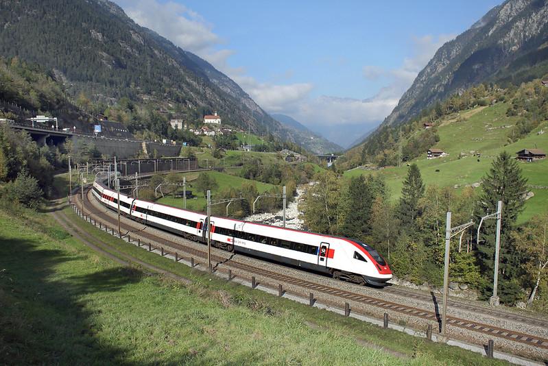500006 Wassen 2/10/2014<br /> ICN675 1304 Basel SBB-Lugano