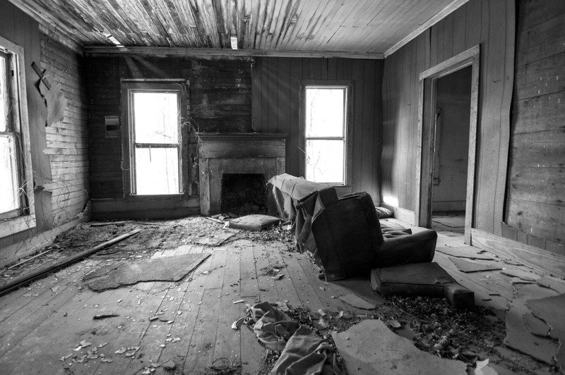 Old farmhouse. Lee County