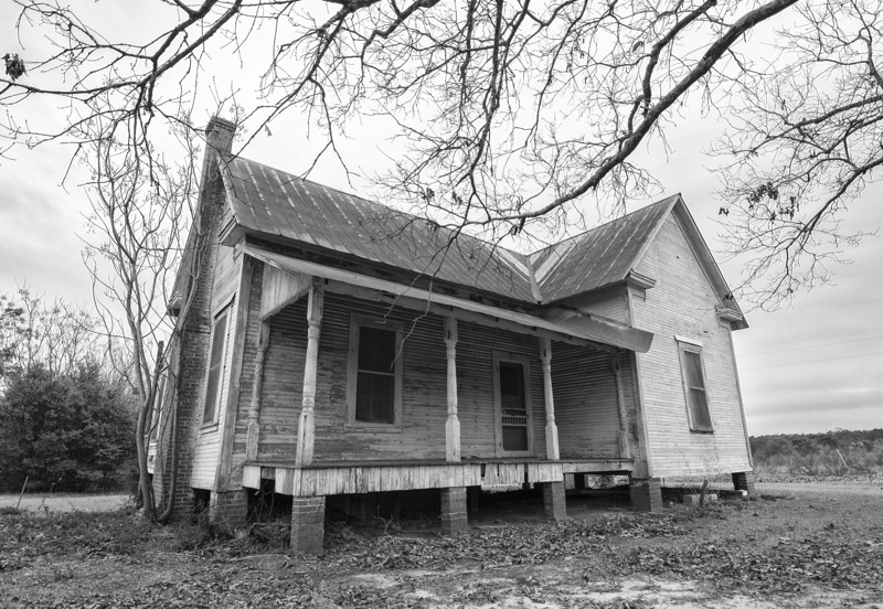 Old farmhouse near Red Level. Covington County