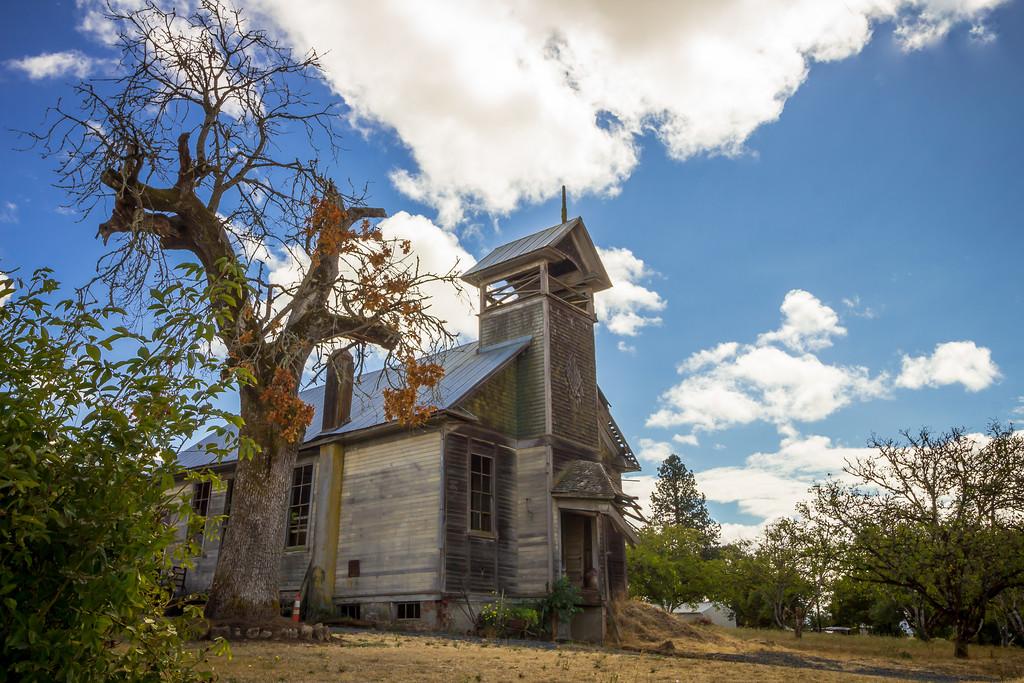 Old Farmington School house.