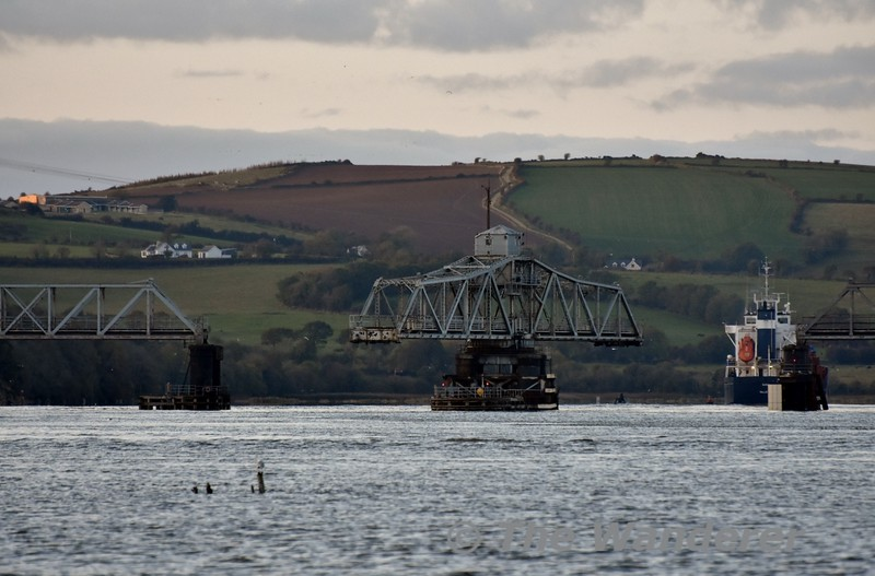 The Barrow Bridge is closed after the passage of the ship. Sun 27.10.19