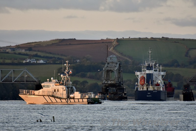 "General Cargo Ship ""Kaili"" passes through the Barrow Bridge. A Customs Ship heads towards Waterford. Sun 27.10.19"
