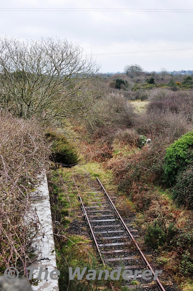 Close to the 23 1/2 MP the line passes under the N69 road by means of a skew bridge. Sun 31.03.13