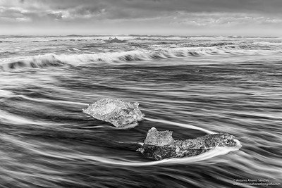 Playa de los diamantes / Beach of the diamonds