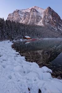 Amanecer en lago Louise /Sunrise in lake Louise