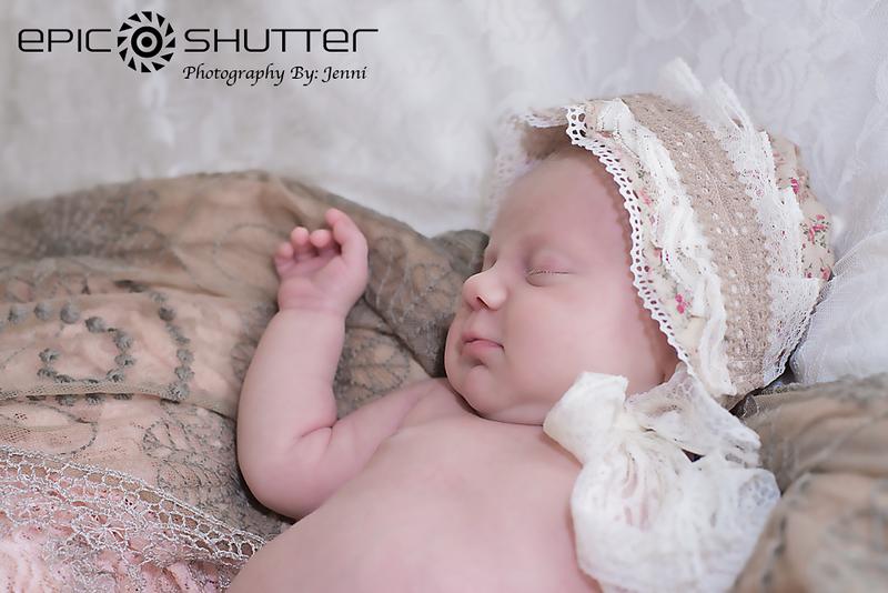 Marabee's Newborn Portraits, In Home Studio, Family Portraits, Epic Shutter Photography