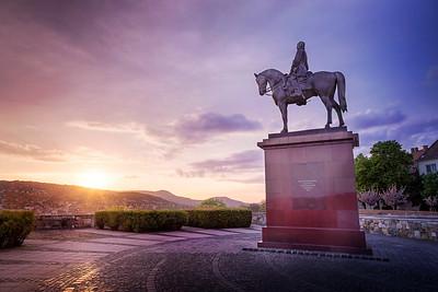 Görgey Artúr lovas szobra