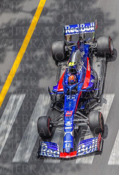 Alexander Albon - Toro Rosso 23