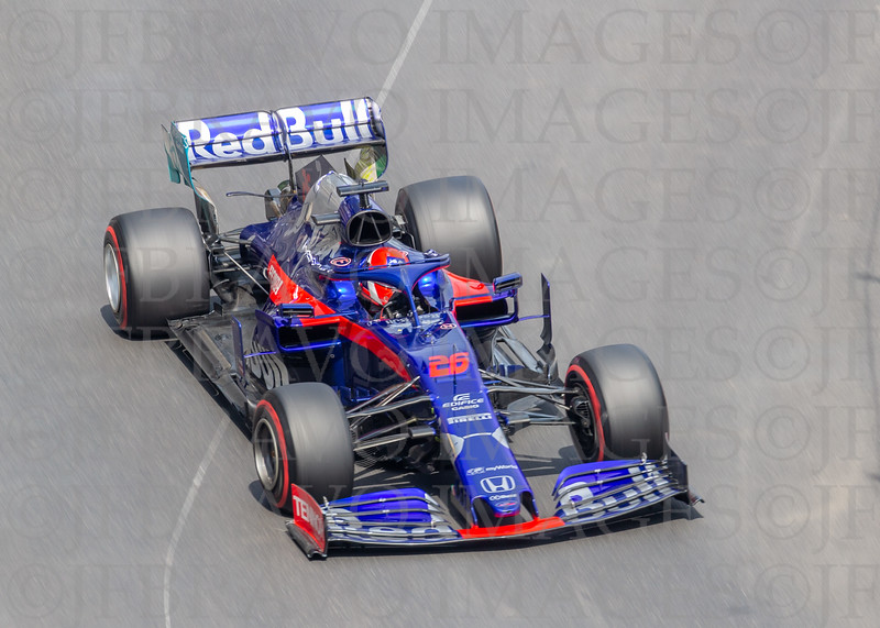 Daniil Kvyat - Toro Rosso 26